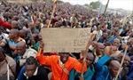 12.000 thợ mỏ Nam Phi bị sa thải vì đình công