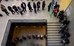 Dân Mỹ xếp hàng dài đi bỏ phiếu