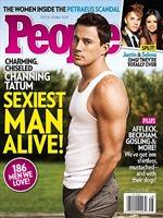"""Channing Tatum được bầu là """"Người đàn ông gợi tình nhất còn sống"""""""