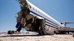 Boeing 727 tan tành khi lao xuống sa mạc