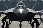 Chiến đấu cơ F-22 cắm mặt xuống đất, nát vụn