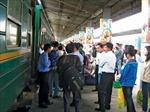 Giá vé tàu Tết 2013 tăng tối đa 3%