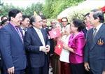Chủ tịch Quốc hội Nguyễn Sinh Hùng gặp bà con Việt kiều tại Thái Lan
