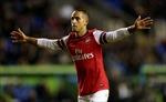 Arsenal:  Walcott hòa giải với Wenger