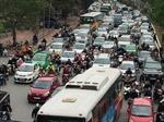 Phát triển vận tải hành khách công cộng ở Hà Nội - Bài 1: Cấp bách giảm phương tiện giao thông cá nhân