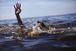 Khẩn trương tìm kiếm 2 nạn nhân bị mất tích do sóng biển cuốn trôi