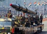 Ấn Độ thử tên lửa Agni II tự chế tạo