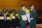 Khen thưởng các nhà giáo Quân đội đạt Giáo sư, Phó Giáo sư năm 2017