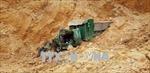 Sập mỏ đất vùi lấp xe ben, tài xế tử vong