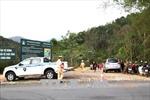 Hai vợ chồng và con trai gần 9 tháng tuổi chết thương tâm trong ô tô