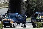 Vụ bắt cóc con tin tại Pháp: Hung thủ đã thực hiện 3 vụ tấn công liên tiếp