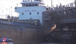 Hỏng máy, tàu trọng tải lớn đâm rung lắc cầu Đồng Nai