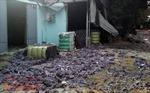 Cháy lớn xưởng tái chế vải vụn, nhiều công nhân tháo chạy