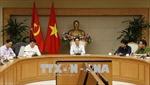 Phó Thủ tướng Vũ Đức Đam họp với các Bộ về sử dụng công chức