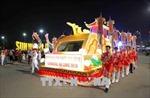 Khởi động Carnaval Hạ Long 2018 với lễ diễu hành 12 xe hoa
