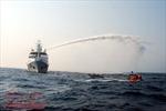 Cảnh sát biển Việt Nam và Trung Quốc luyện tập cứu hộ, cứu nạn tàu cá trên vùng biển Vịnh Bắc Bộ