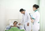 Hai giờ mổ cấp cứu cho bệnh nhân 40 tuổi bị gãy 'của quý'