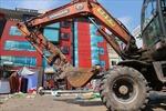 Cưỡng chế phá dỡ 23 công trình vi phạm tại Dự án cống hóa mương thoát nước Nghĩa Đô