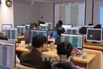Chứng khoán ngày 28/5: Hàng loạt cổ phiếu giảm sàn, VN - Index 'rơi' hơn 30 điểm