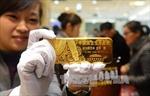 Giá vàng châu Á gần mức thấp trong hơn 5 tháng do đồng USD mạnh