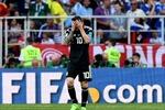 Messi 'vô duyên' với penalty, điệu tango lạc nhịp trước tân binh Iceland