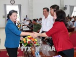 Chủ tịch Quốc hội Nguyễn Thị Kim Ngân tiếp xúc cử tri tại Cần Thơ