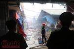 Đình chỉ công tác Trưởng và Phó ban quản lý chợ Sóc Sơn để điều tra vụ cháy chợ