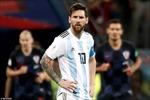 World Cup 2018: Messi và Argentina thua thảm; HLV đầu tiên ở World Cup mất việc