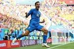 World Cup 2018: Neymar và Coutinho tỏa sáng phút bù giờ, Brazil thắng nghẹt thở