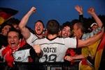 WORLD CUP 2018: CĐV Đức làm náo loạn khu fanzone
