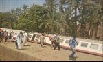 Trật bánh tàu chở khách tại Ai Cập, hơn 50 người bị thương
