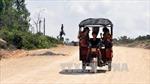Lật xe túc túc trên đảo Quan Lạn, 9 du khách bị thương