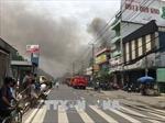 Cháy lớn tại kho đồ gỗ trên đường Trường Chinh