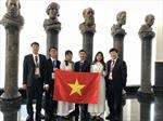 Chiều nay, đoàn dự thi Olympic Sinh học quốc tế - 2018  về tới Sân bay Nội Bài