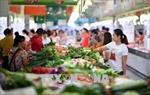 Tăng trưởng 'giảm tốc', Trung Quốc thúc đẩy chi tiêu
