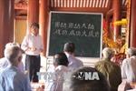 Lớp học chữ Nôm của những người ở tuổi 'xưa nay hiếm'