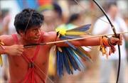 Bộ tộc bản địa Brazil tranh tài cung kiếm