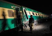 Pakistan: Đánh bom tàu chở khách, gần 40 người thương vong