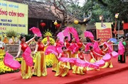 Hơn 40 vạn khách hành hương đến Côn Sơn - Kiếp Bạc
