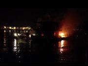Đồng Nai: Hai tàu chở dầu bốc cháy, ít nhất 2 người thiệt mạng