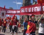 Người Việt tại Canada biểu tình phản đối Trung Quốc