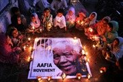 Nguồn sáng vĩ đại Nelson Mandela