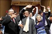Thủ lĩnh đối lập Campuchia về nước từ châu Âu