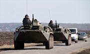 Reuters: Nga tập trung xe quân sự gần biên giới Ukraine