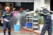 Cháy lớn tại đại lý phân phối hàng điện tử