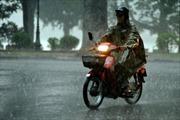 Cảnh báo mưa dông diện rộng ở Bắc Bộ