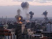 Máy bay lạ không kích tòa nhà Bộ Nội vụ Libya