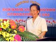 """Phó Chủ tịch nước Nguyễn Thị Doan trao học bổng """"Cùng em đến trường"""""""