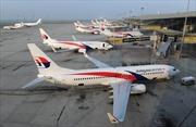 Máy bay Malaysia Airlines hạ cánh khẩn cấp