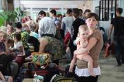 Người tị nạn Ukraine bắt đầu rời Nga về nhà